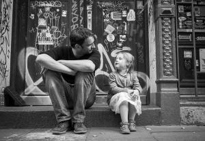 Những điều cha mẹ dặn con gái