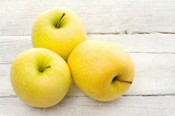 Truyện Quả táo vàng - Truyện cổ tích Thế giới chọn lọc hay nhất