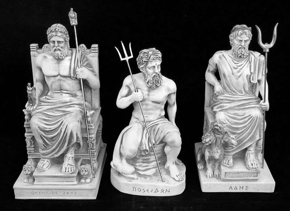 Tượng ba anh em Zeus, Hades, Poseidon
